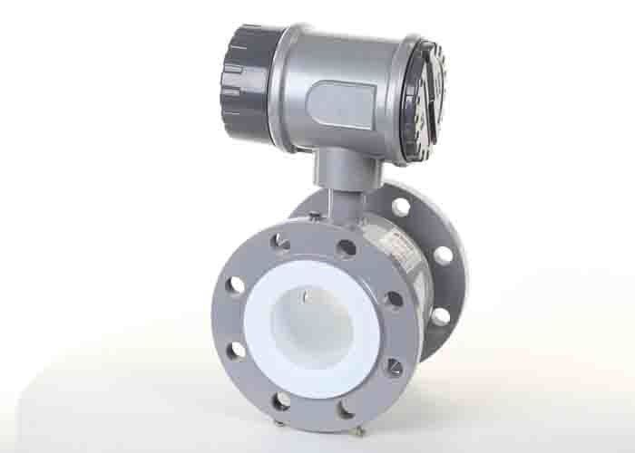 Compact Industrial Flow Meter Chemical Flow Meter 100 - 240 VAC / 18 - 36 VDC